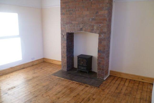 Thumbnail Property to rent in Lee Moor Lane, Stanley, Wakefield