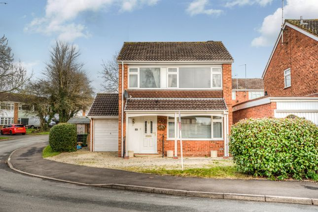 Thumbnail Detached house for sale in Cheswick Close, Winyates Green, Redditch