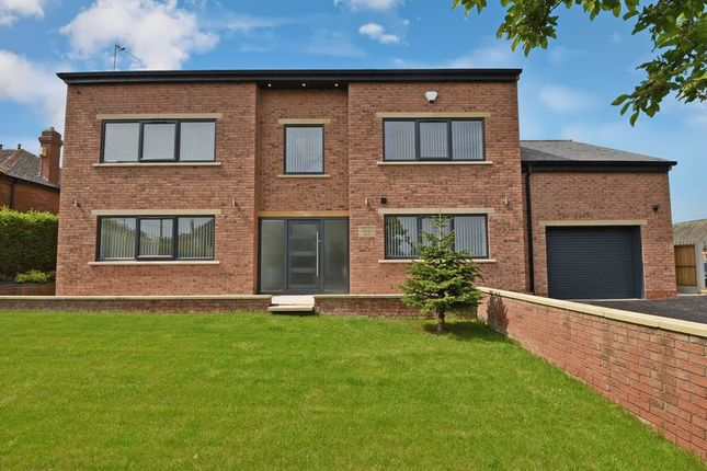 Thumbnail Detached house for sale in Manygates Lane, Sandal, Wakefield
