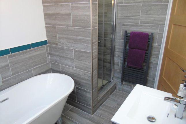 Bath1 of Eton Drive, Aintree Village, Liverpool L10