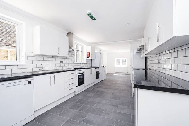 Thumbnail Property to rent in Hermitage Road, Finsbury Park, London
