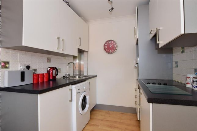 Thumbnail Flat for sale in Tallow Gate, South Woodham Ferrers, Chelmsford, Essex