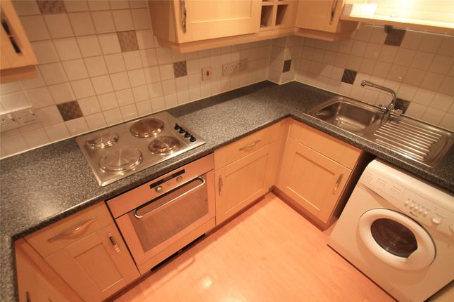 Thumbnail Flat to rent in Covesfield, Gravesend, Kent