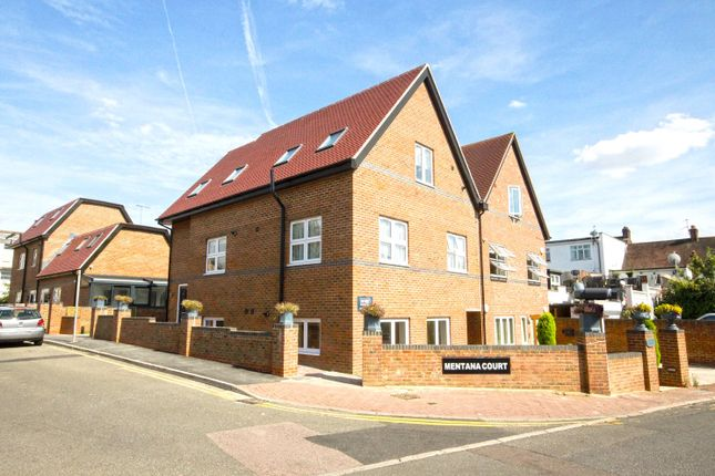 Thumbnail Flat for sale in Mentana Court, Leeway Close, Hatch End, Pinner