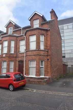 6 bed end terrace house to rent in 61 Dunluce Avenue, Belfast BT9