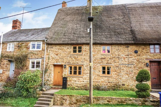 Property for sale in Overthorpe, Banbury