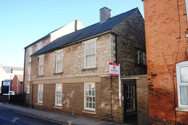Thumbnail Flat to rent in Castlegate, Grantham