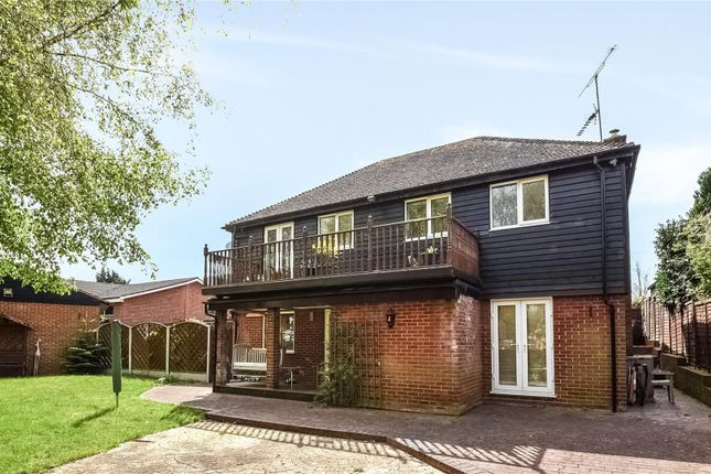 Thumbnail Detached house for sale in Epping Road, Nazeing, Waltham Abbey, Essex