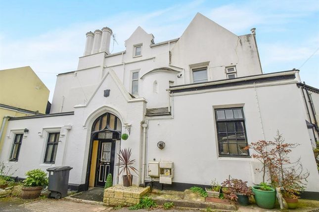 Thumbnail Flat to rent in Barton Road, Torquay