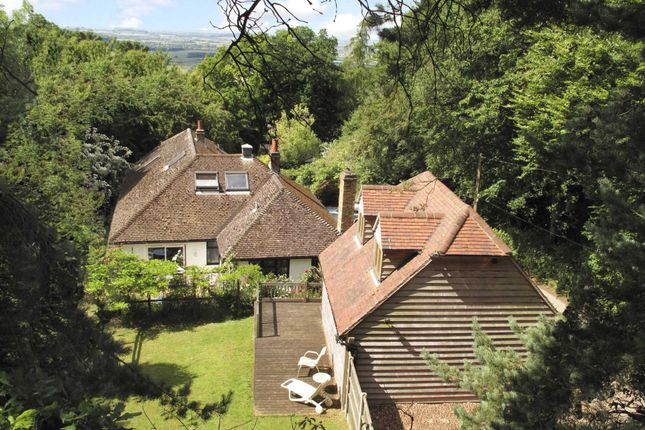 Thumbnail Detached house for sale in Hill Top Lane, Chinnor Hill, Chinnor