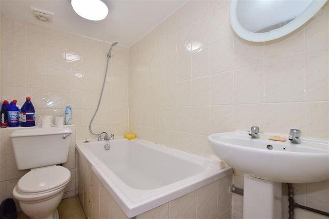 Bathroom of De Vere Gardens, Ilford, Essex IG1