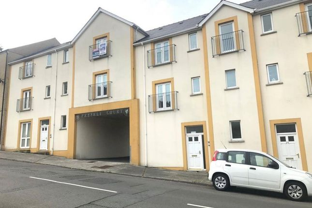 Thumbnail Flat to rent in Preseli Court, Pembroke Dock, Pembrokeshire