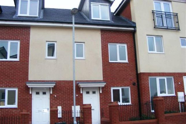 Thumbnail Town house to rent in Brentleigh Way, Hanley, Stoke On Trent, Staffordshire
