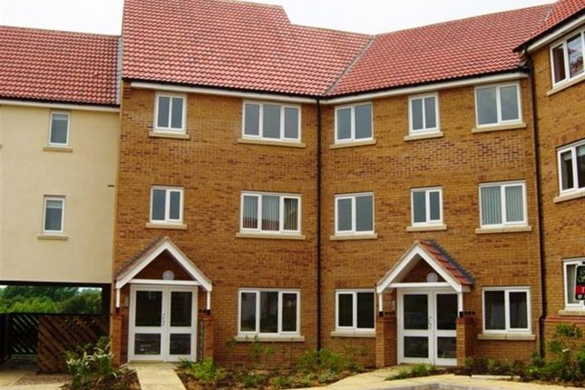 Thumbnail Flat to rent in Creswell Place, Rugby, Warks