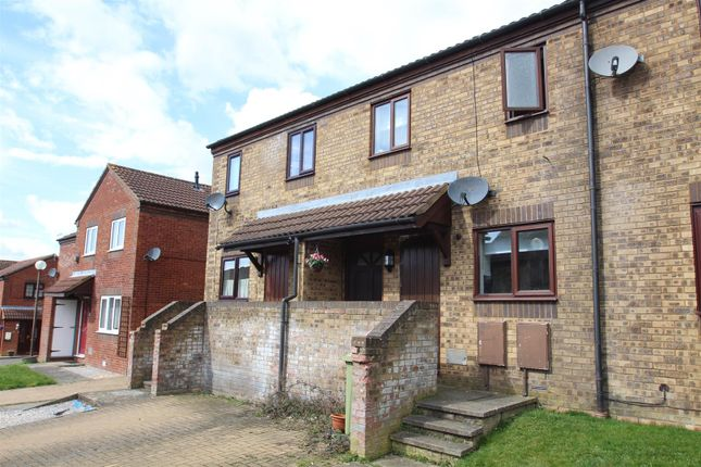 Thumbnail Terraced house for sale in Burghley Court, Great Holm, Milton Keynes