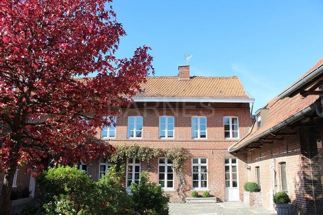 Thumbnail Villa for sale in Villeneuve D'ascq, Villeneuve D'ascq, France