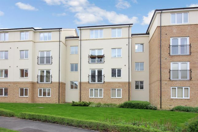Thumbnail Flat for sale in Maple Court, Killingbeck, Leeds