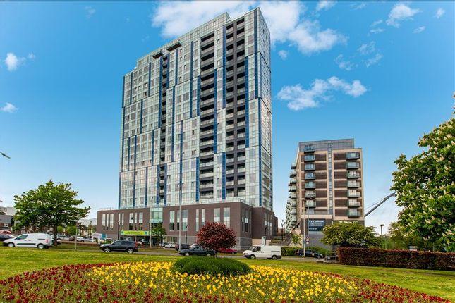 Thumbnail Flat to rent in K D, Cotterells, Hemel Hempstead