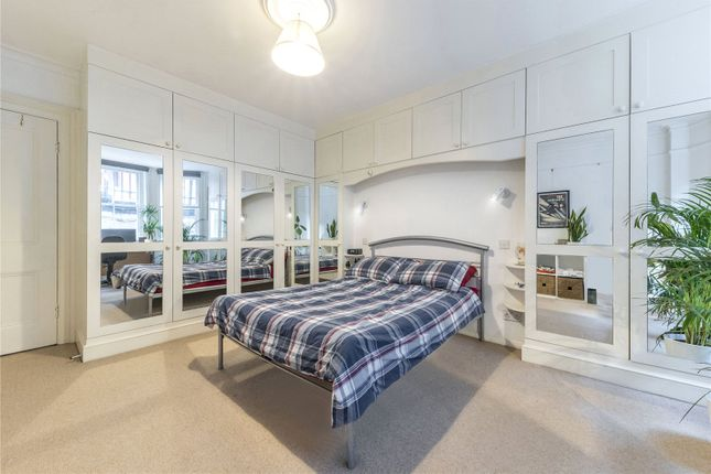 Master Bedroom of Oxford & Cambridge Mansions, Transept Street, London NW1