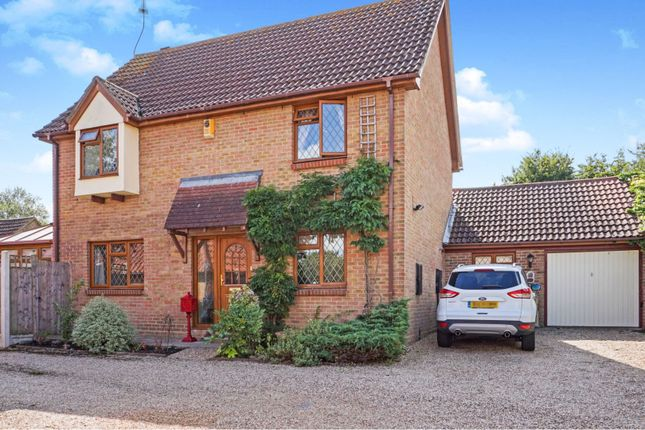 Thumbnail Detached house for sale in The Badgers, Langdon Hills