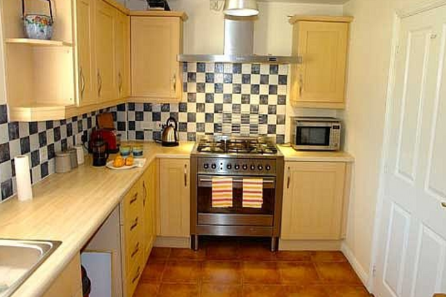 Thumbnail Flat to rent in Antigua Close, Eastbourne, East Sussex