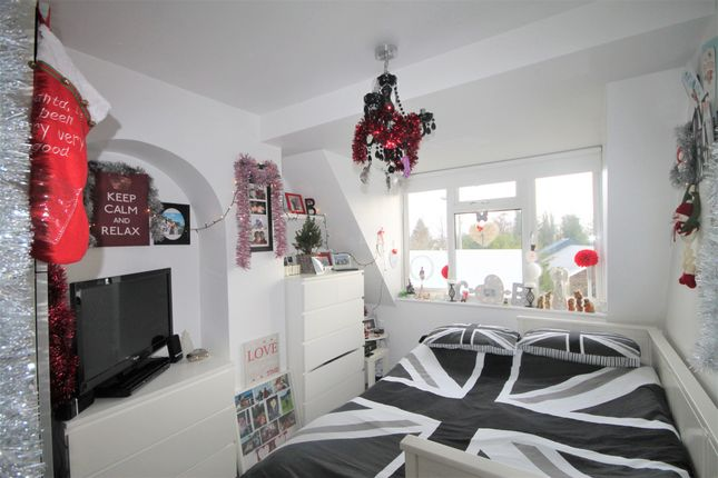 Thumbnail Flat to rent in Hayes Street, Hayes, Bromley