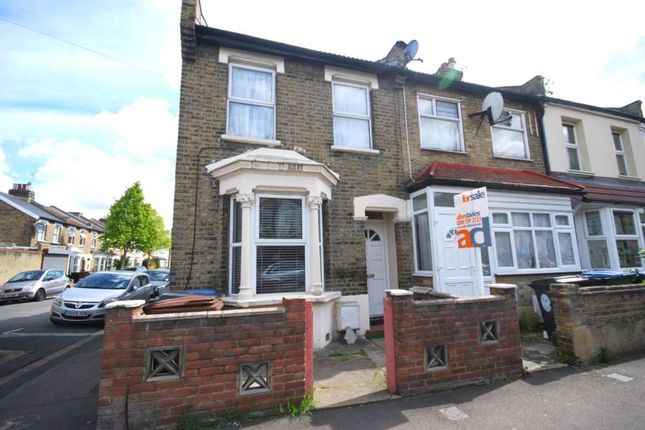 Thumbnail Flat to rent in Odessa Road, London
