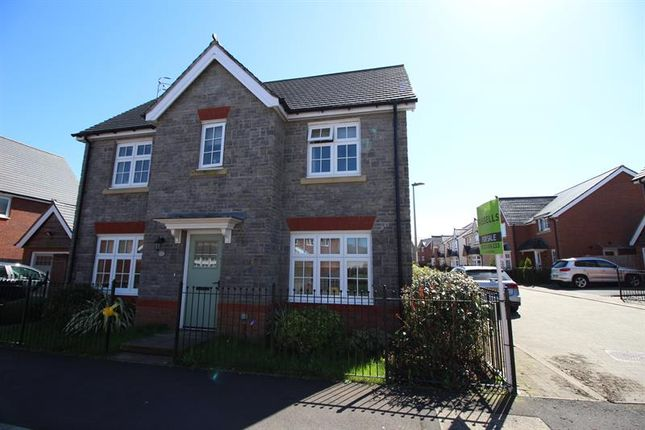 Thumbnail Detached house for sale in Swallowfield Drive, Penallta, Hengoed