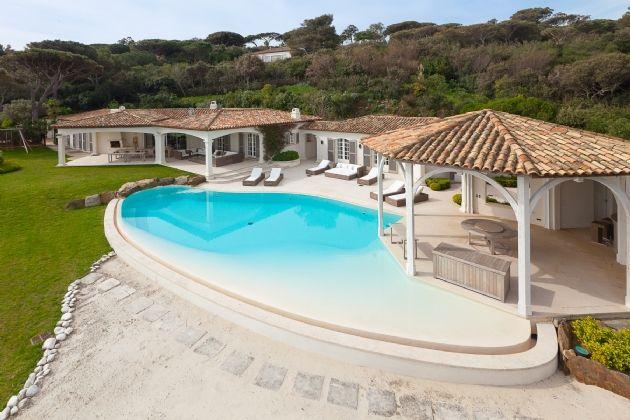 Thumbnail Villa for sale in Les Parcs De St Tropez, Var, Provence-Alpes-Côte D'azur, France
