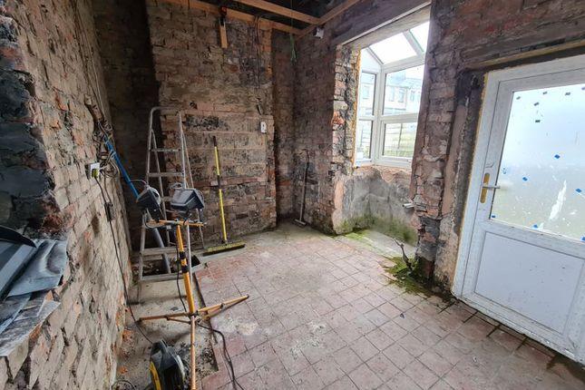 Downstairs of Cedar Street, Accrington BB5