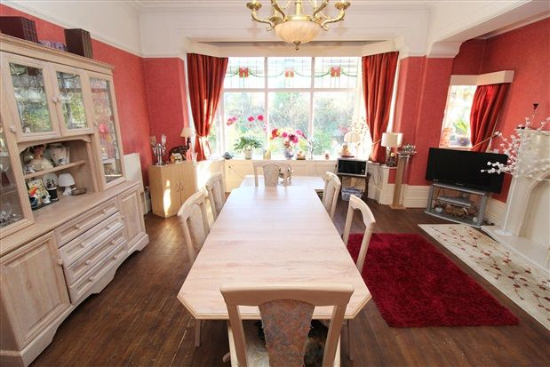 Dining of Waterloo Road, Southport PR8