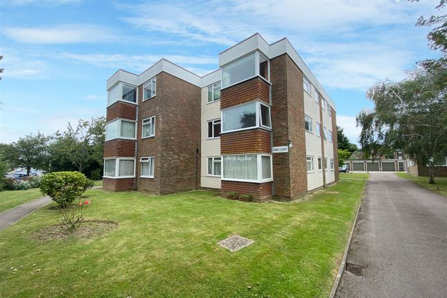 1 bed flat for sale in West Avenue, Worthing BN11