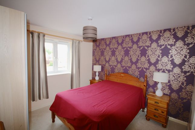 Thumbnail Flat to rent in Wyncliffe Gardens, Cardiff