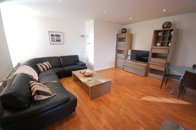 Thumbnail Flat to rent in Woodlands Avenue, Cults, Aberdeen