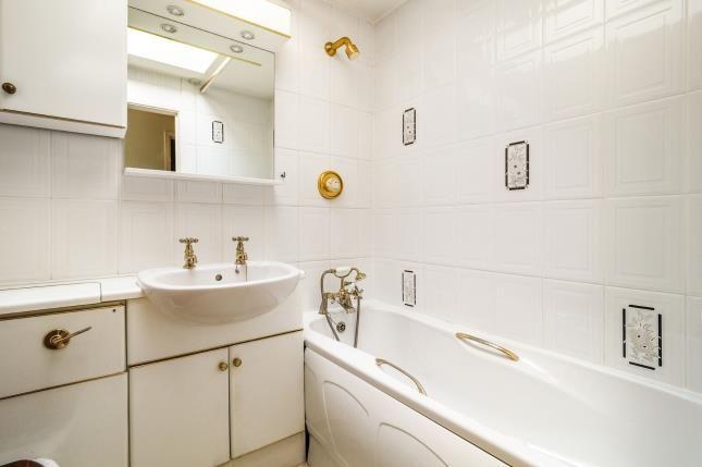 Bathroom of Chilwell Court, Nottingham, Nottinghamshire NG6