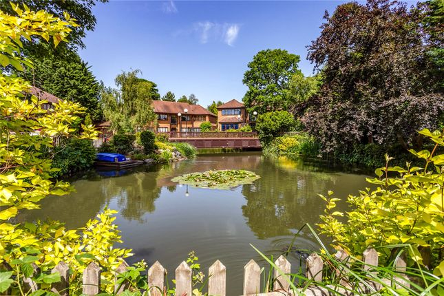 Thumbnail Detached house for sale in Lake Drive, Bushey, Hertfordshire