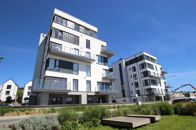 Thumbnail Maisonette to rent in Fin Street, Quadrant Quay, Millbay, Plymouth