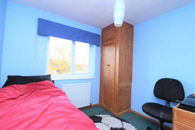 Img_4391 of Queensway, Wrexham LL13