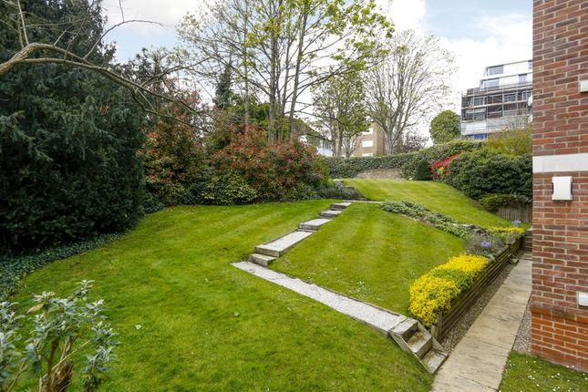 Communal Gardens of Wimbledon Hill Road, London SW19
