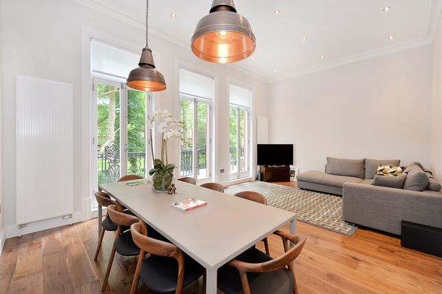 Thumbnail Flat for sale in Bramham Gardens, Earls Court