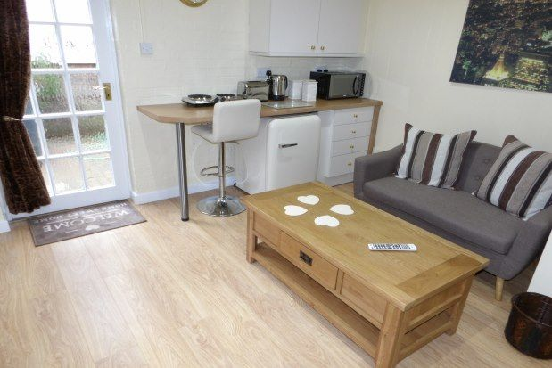 Studio to rent in Sunny Hollow, Newcastle