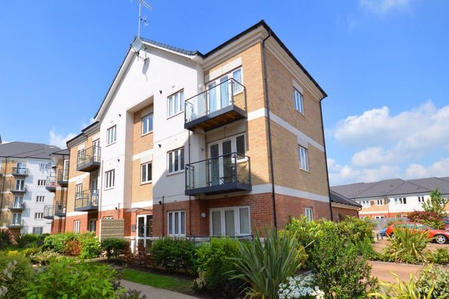 Thumbnail Flat to rent in Oliver Court, Ley Farm Close, Watford, Hertfordshire
