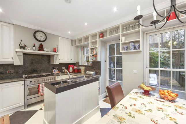 Thumbnail End terrace house to rent in Feathers Place, Greenwich, London