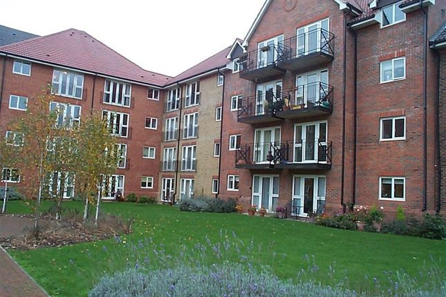 Thumbnail Flat for sale in Coopers Court, Crane Mead, Ware