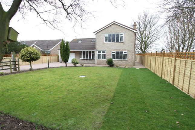 Thumbnail Property for sale in Wishing Well Cottage, Poplar Road, Healing, Grimsby