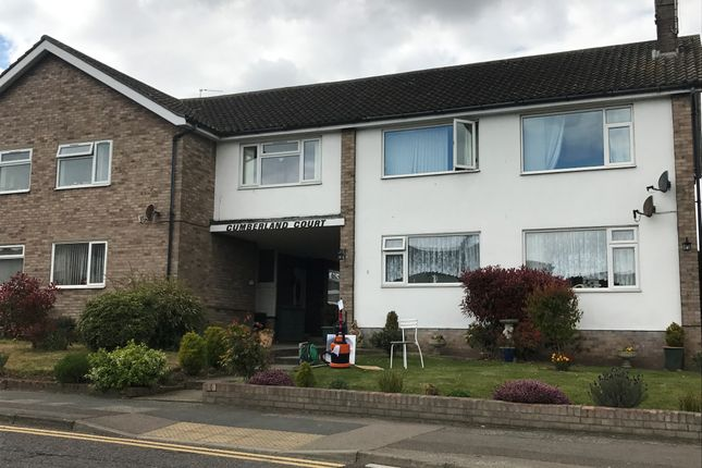 Thumbnail Flat to rent in Holland Road, Clacton-On-Sea