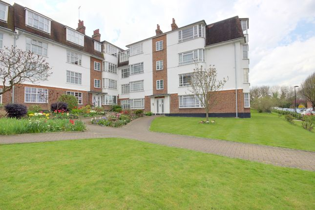 Thumbnail Flat for sale in Eversley Park Road, Winchmore Hill