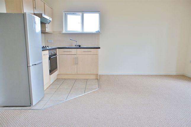 Thumbnail Flat to rent in The Weint, Drift Way, Colnbrook, Berkshire