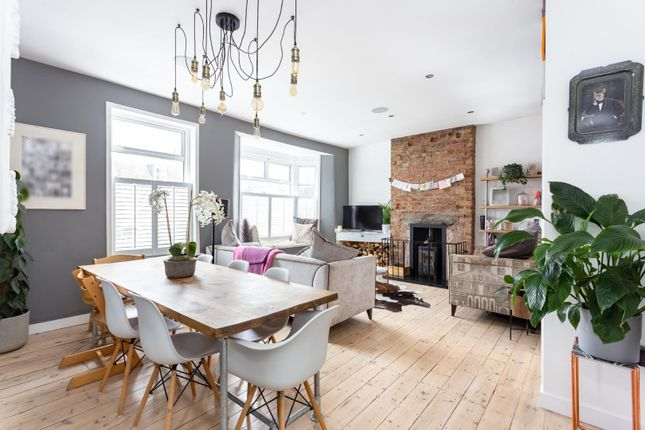4 bed flat for sale in Worbeck Road, London SE20