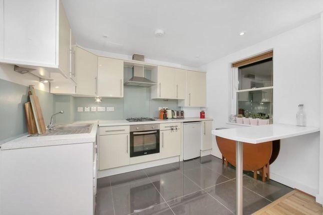 Thumbnail Flat to rent in Redchurch Street, London